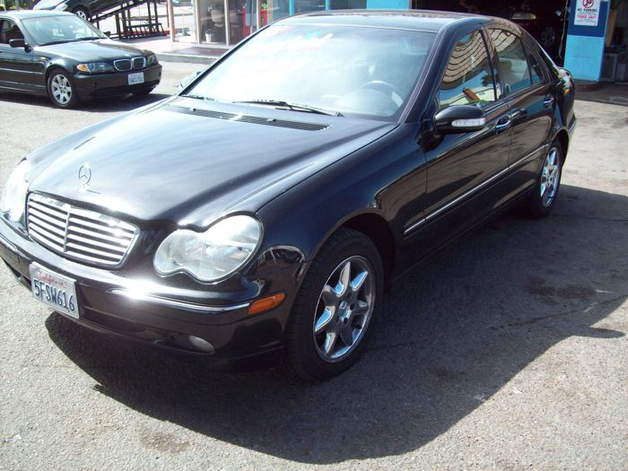 $12,995, 2003 Mercedes-Benz C-Class